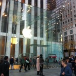 New York, Apple Store at 5th Ave